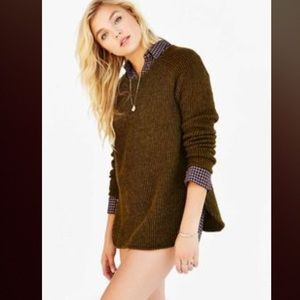 silence + noise Sweaters - silence and noise zip back shirttail hem sweater